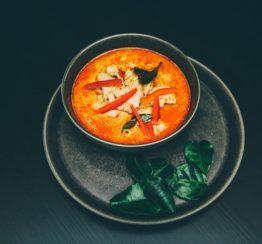 Cuisine plats assiette piment nourriture